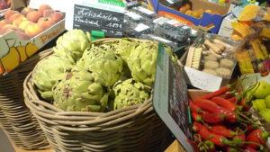 市場の野菜・果物